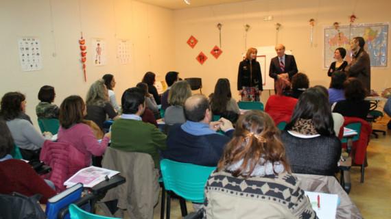 Comienza el curso de chino en la Gota de Leche de Huelva