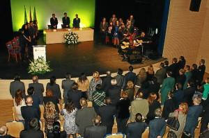 El acto ha finalizado con el Himno de Andalucía.