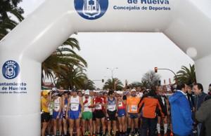 Momento previo a la salida de la prueba disputada en Huelva.