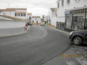 Con las obras de acondicionamiento mejorará la seguridad víal en la travesía de Chucena.