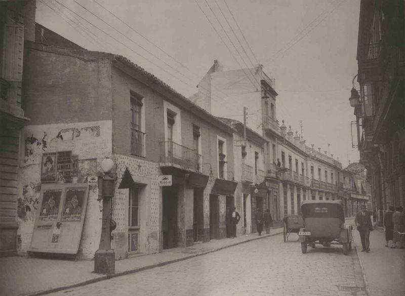 Calle Méndez Núñez en los años 40
