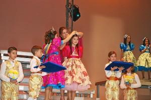 Coronación de la Reina Infantil de Isla.