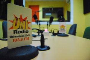 Paloma acude como representante de UniRadio y de la Asociación Nacional de Radios Universitarias de España.