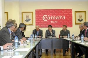 Valderas ha conocido de cerca la Cámara de Comercio de Huelva.
