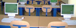 Los pequeños se forman en aulas TIC: