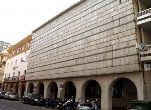 El acto tiene lugar en la Biblioteca Provincial de Huelva.