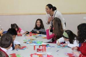 Juana Carrillo ha visitado a los participantes en el taller.