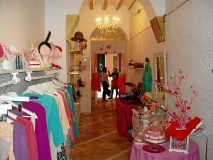 Showroom en la tienda Chic Touché.
