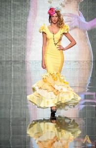 La diseñadora ha ideado varios trajes pensando en la flamenca de noche.