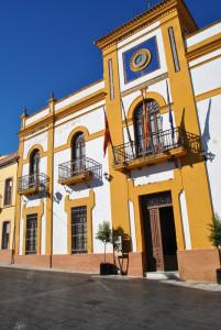 Fachada del Ayuntamiento de Zalamea la Real.