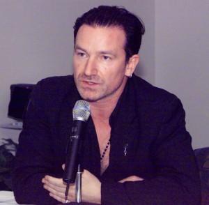El cantante Bono, de U2.