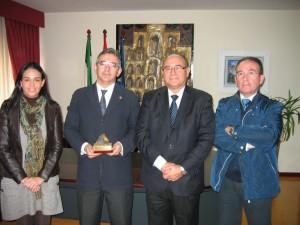 Reunión del rector de la UHU con el Colegio de Minas.