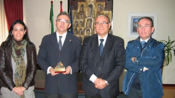 El Colegio de Minas beca a 31 estudiantes de la especialidad de Recursos mineros y energéticos