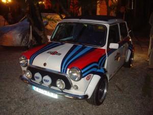 El Mini, todo un clásico, como este coche que acompañó a la presentación del nuevo modelo.
