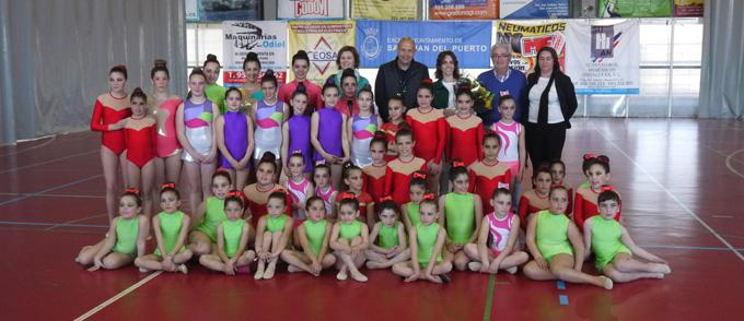La Escuela de Gimnasia Rítmica de San Juan brilló en la exhibición.