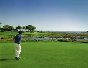 El golf es uno de los atractivos que buscan los portugueses en nuestra provincia.