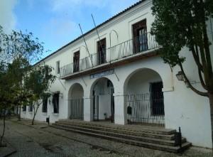 Fachada del IES San Blas de Aracena. / Foto: fyqiessanblas.blogspot.com.es