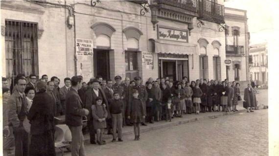 Plaza de la Palmera de Huelva, en diciembre de 1960