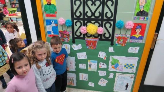 El colegio El Faro de Mazagón promueve el Año Platero entre sus escolares