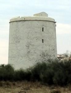 Foto de la Torre de Canela, otra de las fortificaciones defensivas importantes de la época.