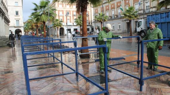 Comienza la instalación de los palcos y la puesta a punto de la Semana Santa de Huelva