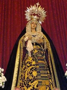 La titular de la Hermandad, María Santísima de la Estrella, aguarda en la parroquia de El Carmen a la espera poder acompañar a su hijo en Estación de Penitencia.