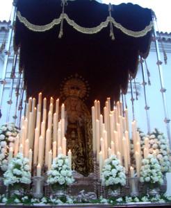 Palio negro de la Soledad de María