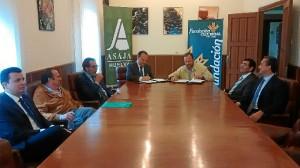 Firma del convenio entre Asaja-Huelva y Caja Rural del Sur.