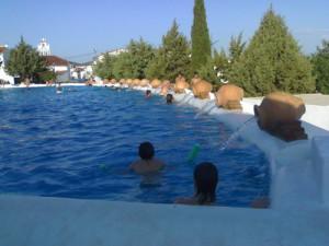 Un ejemplo del disfrute del agua en Cañaveral de León.