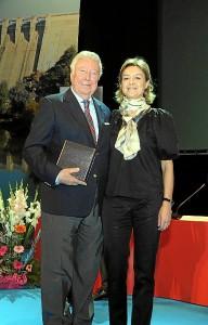 José Luis García Palacios con Isabel García Tejerina.