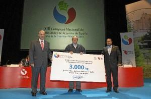 El Congreso ha entregado 3.000 kllos de alimentos al Banco de Alimentos. / Foto: Moisés Núñez.
