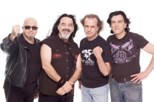 Chapa Records produjo a grupos como Barón rojo.
