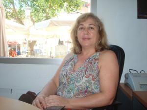 Carmen nos habla de su hijo en la redacción de Huelva Buenas Noticias y nos asegura que no lo cambiaría por nada del mundo.