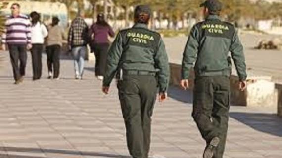Detenidas dos personas por delitos de falsedad documental y estafa continuada en siniestros de tráfico simulados