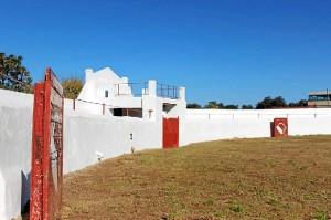 Foto antigua de la plaza de toros de Campofrío.