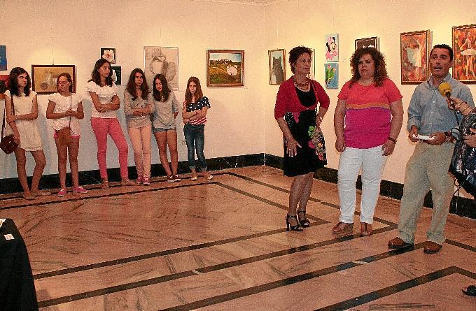 Exposición de los alumnos del aula de pintura de Cartaya.