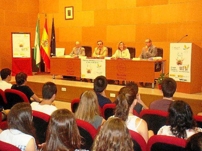 Los mejores expedientes de España se dan cita en el Campus Científico de Verano de la Universidad