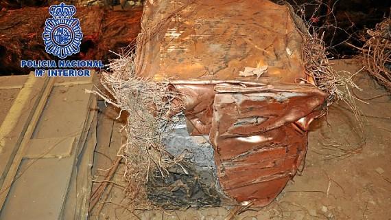 Detenidas en Huelva cuatro personas como presuntos miembros de una organización que vendía escombros a precio de cobre