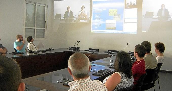 La explotación acuícola de Huelva y las necesidades de I+D, protagonistas en la UHU