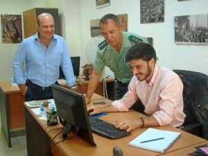 Ezequiel Romero visitó la redacción de HBN junto al director de este periódico, Ramón Fernández Beviá.