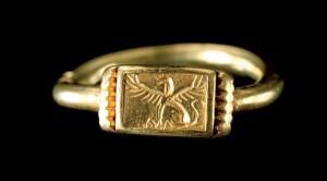 Una de las valiosas piezas halladas en la Necrópolis de La Joya de Huelva (siglos VII-VI a.C.). / Foto: Ministerio de Cultura.