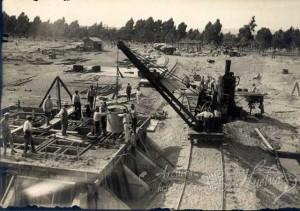 Otro de los momentos de la construcción. / Foto: Archivo Histórico.