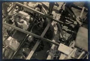 El monumento cuenta con dos placas conmemorativas. / Foto: Archivo Histórico.