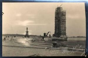 El monumento es uno de los lugares más conocidos de Huelva. / Foto: Archivo Histórico.