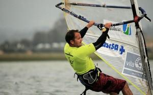 Augusto García, varias veces campeón del mundo de windsurf.