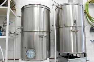 Ollas para la elaboración de la cerveza.