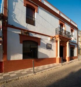 Fachada del Casino de Paterna. / Imagen Fotoespacios.