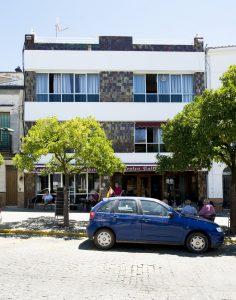 Fachada del Casino de Valverde.