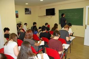 Curso de japonés en el Centro Hipano Asiático.