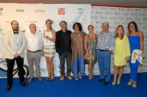 El actor Santiago Ramos recogió el premio Luis Ciges en la clausura del Festival.